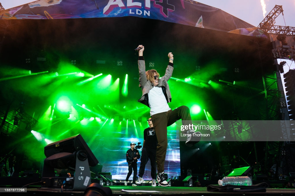 LONDON, ENGLAND - AUGUST 30: (EDITORIAL USE ONLY) The Kid Laroi performs during the ALT LDN Festival at Clapham Common on August 30, 2021 in London, England. (Photo by Lorne Thomson/Redferns)